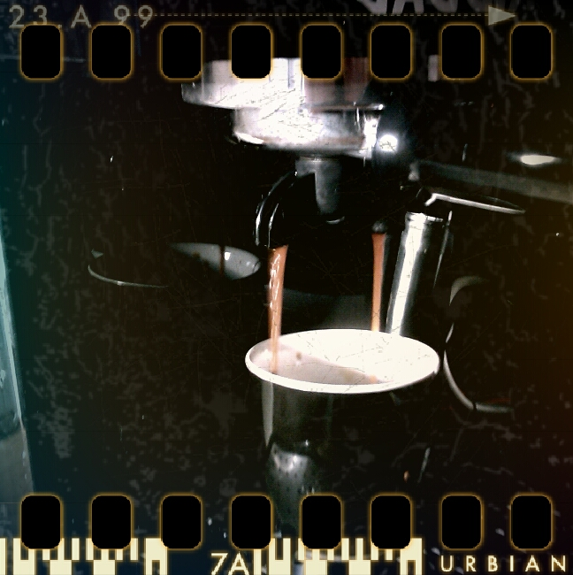 Gaggia Espresso Pure in action, captured by HTC Legend and Retro Camera App